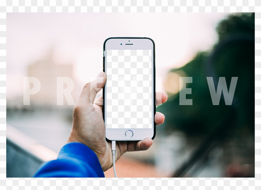 Portrait White Iphone Mockup Of A Man's Hand Holding - Mobile Take Picture Hand Clipart #1376195