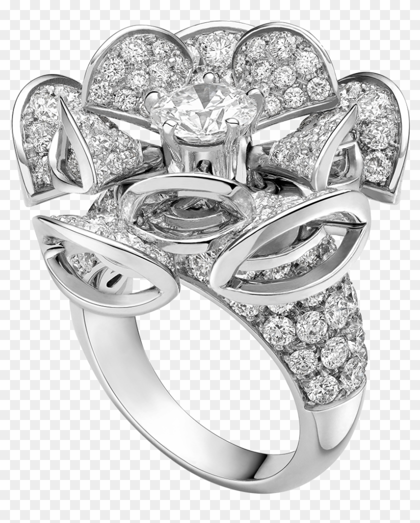 Blooming With The Gleaming Sophistication Of Diamond - Bulgari Diva Dream Daimond Ring Clipart #3939393
