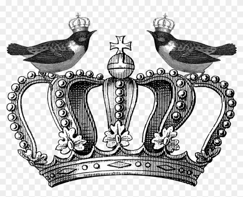 Evil Queen Crown Png - Broken Skull With Crown Clipart #527207
